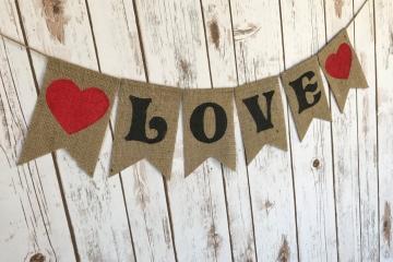 """LOVE Burlap Banner """"Fairytale"""""""